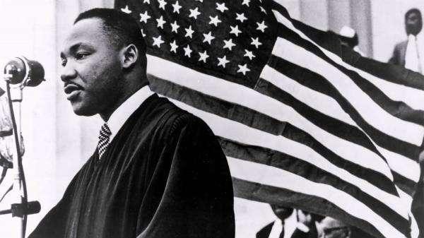 【分享】马丁·路德·金《我有一个梦想》伟大演讲全文(中英文对照)